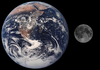 Moon_earth_comparison_2
